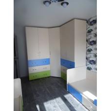 Мебель в детскую комнату для двойняшек.