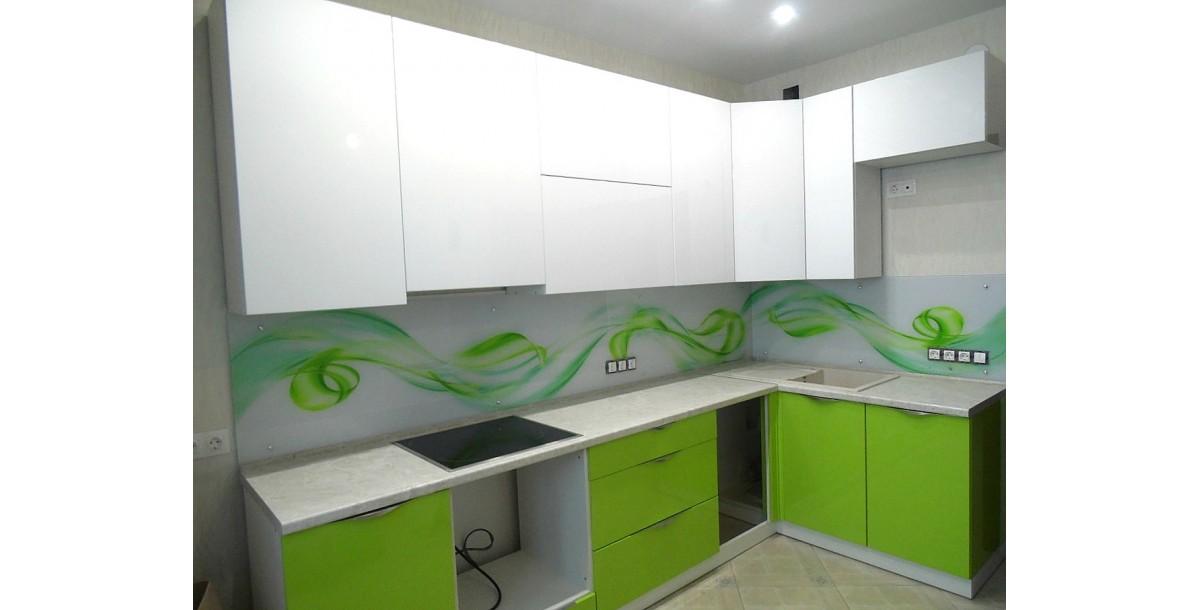 Кухня с пленочными фасадами
